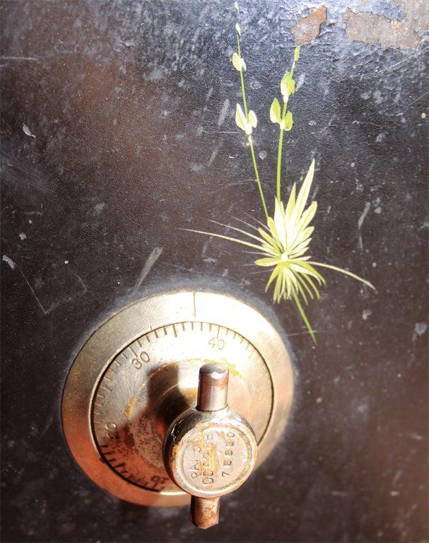 Victor Safe & Lock Co. Steel Safe image 4
