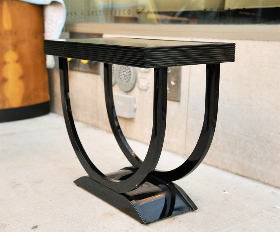 "Art Deco Side Table with ""U"" Shaped Pedestal Base 2"