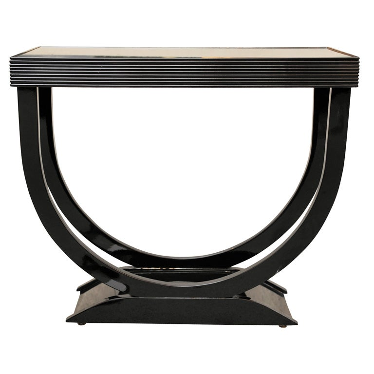 "Art Deco Side Table with ""U"" Shaped Pedestal Base 1"