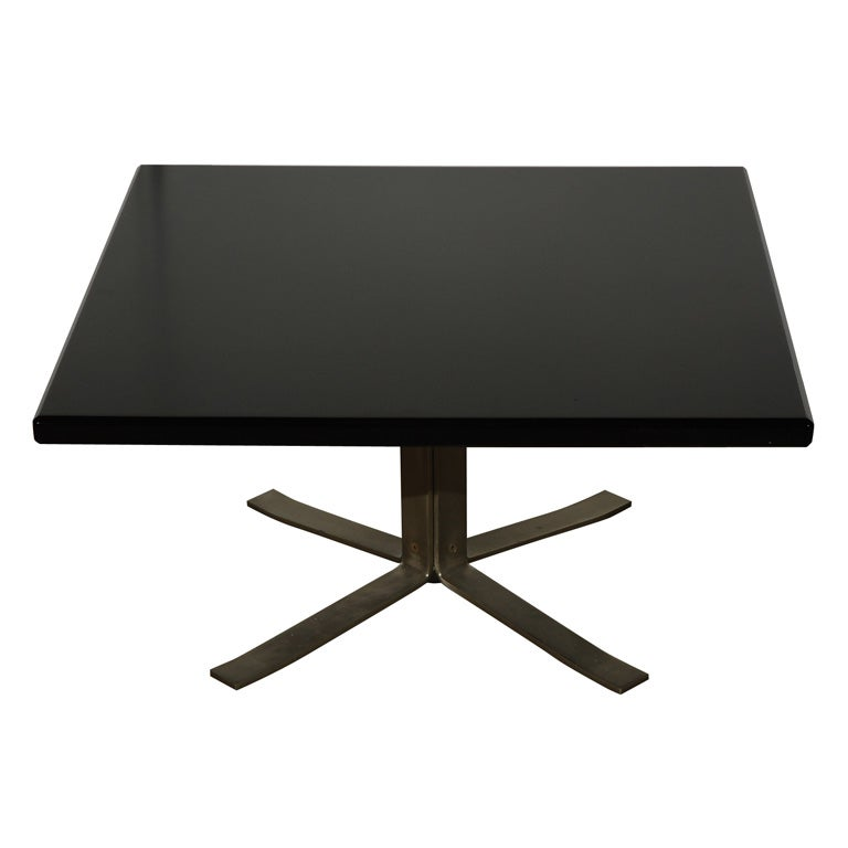 Osvaldo borsani style coffee table at 1stdibs for Furniture of america architectural inspired dark espresso coffee table