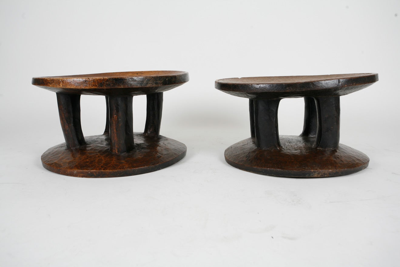 Pair of African stools In Good Condition In London, GB