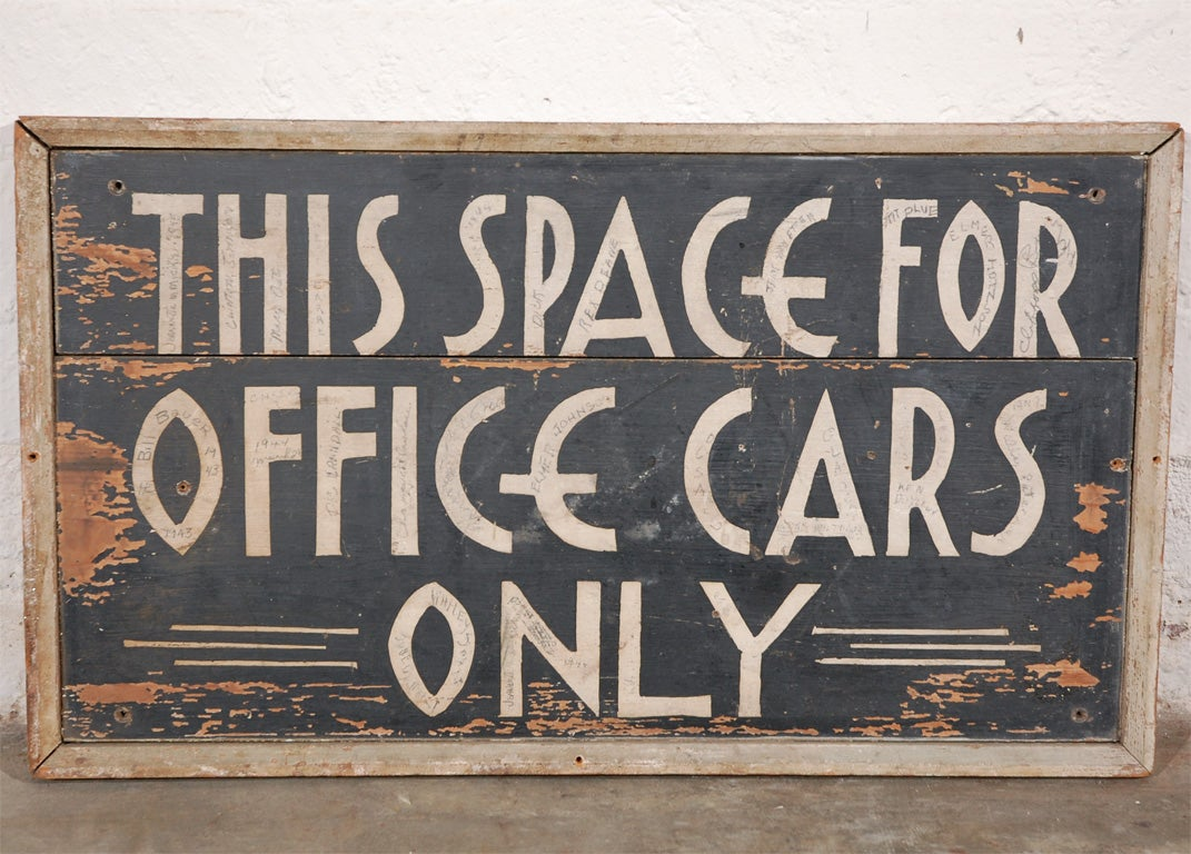 This could be straight out of one of those 20's or 30's black and white movies. If you want a sign with character, this is it. While it is ultra simple it has all the hallmarks to be included in the great sign category; design, style, simplicity,