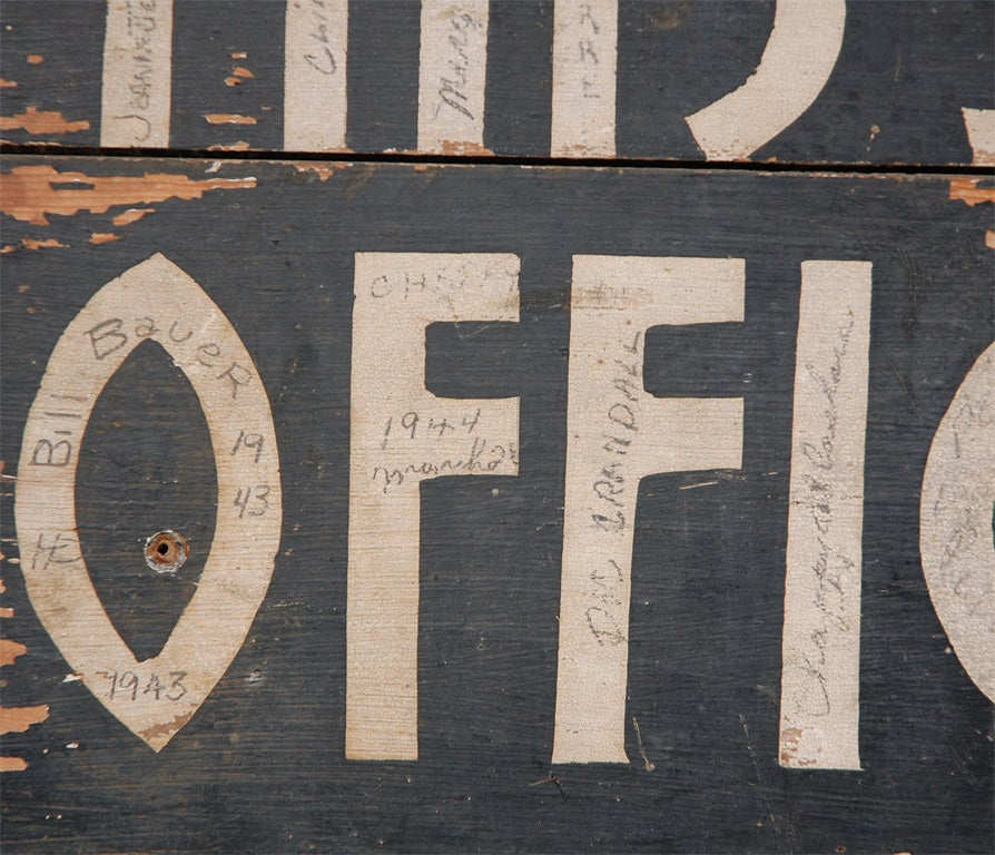 Deco Car Parking Sign In Good Condition For Sale In Culver City, CA