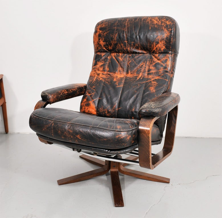 Retro Danish Leather Swivel Lounge Chair 3