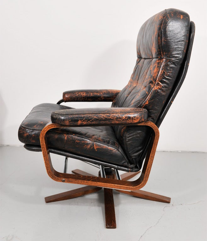 Retro Danish Leather Swivel Lounge Chair 6