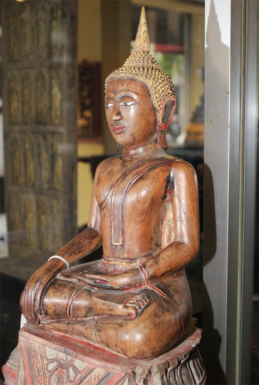 18th Century and Earlier 18th Century Thai Carved Teak Wood Seated Buddha Calling the Earth to Witness For Sale