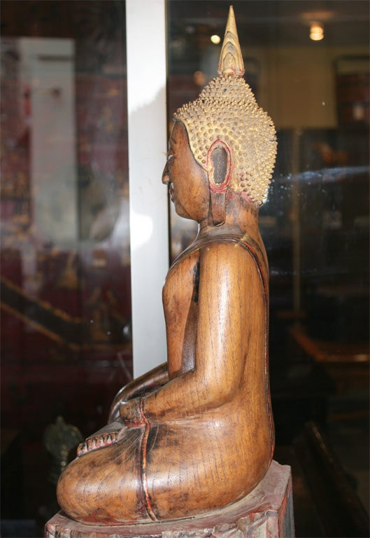 18th Century Thai Carved Teak Wood Seated Buddha Calling the Earth to Witness For Sale 5