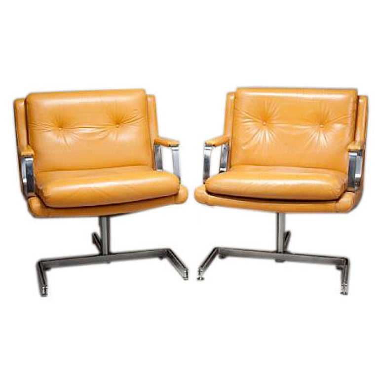 Pair of Raphael Armchairs For Sale