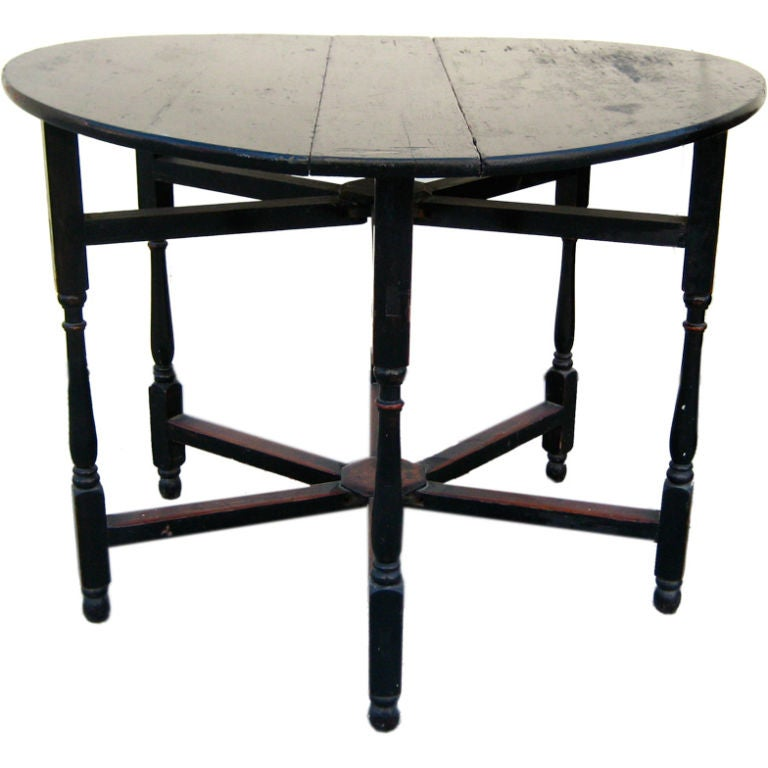 Round Gateleg Dining Table At 1stdibs