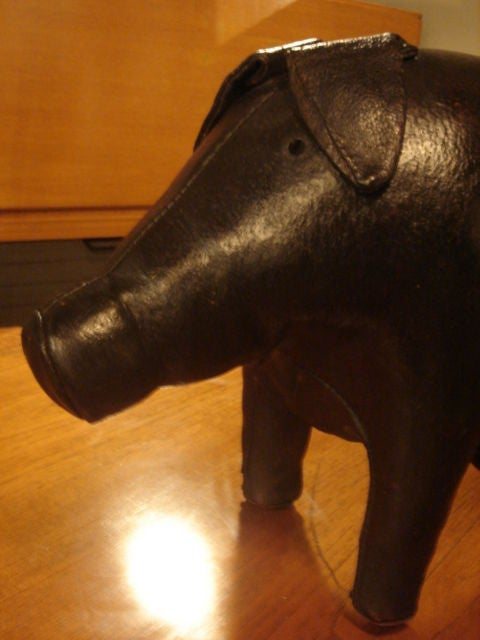 Vintage Pig Footstool by Omersa for Amercrombie & Fitch For Sale 1