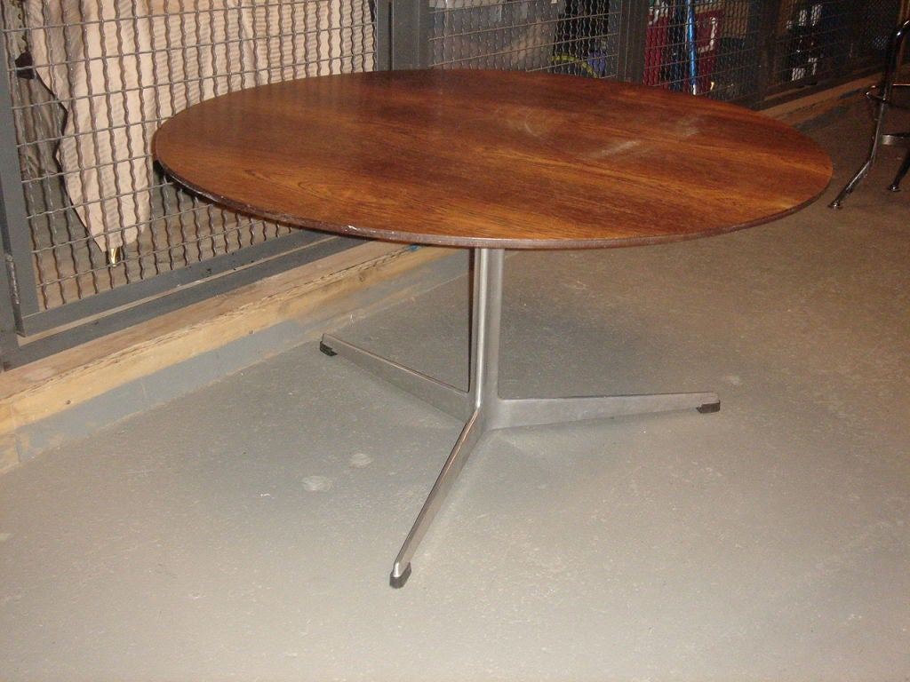 Vintage Rosewood Coffee Table by Arne Jacobsen for Fritz Hansen at