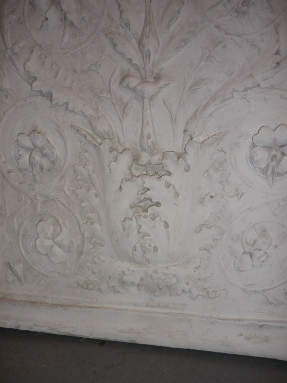 Acanthus leaf decorative relief at 1stdibs for Acanthus leaf decoration