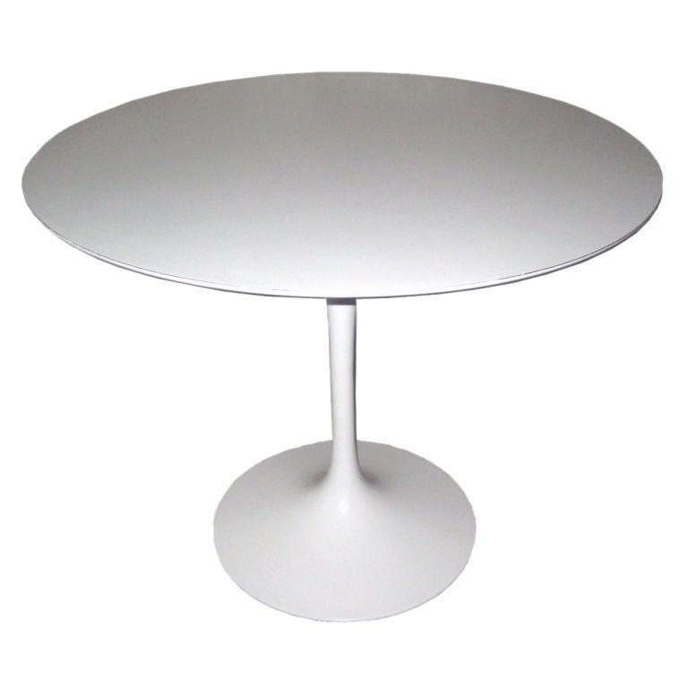 Table Basse Ovale Knoll Saarinen