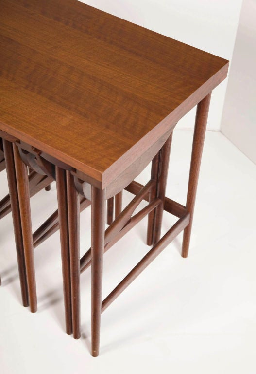 Nest of Occasional Tables Bertha Schaefer for M. Singer & Sons In Excellent Condition For Sale In New York, NY