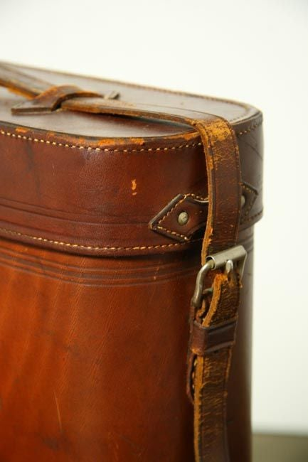 Abercrombie and Fitch lunchbox and leather thermos case 1