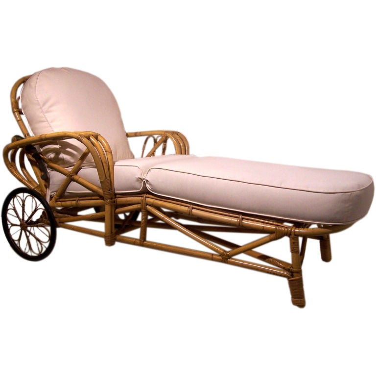 Vintage rattan chaise lounge chair at 1stdibs for Antique wicker chaise lounge