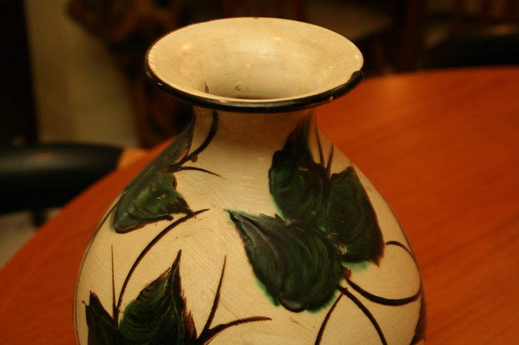 large kaehler pottery vase for sale at 1stdibs. Black Bedroom Furniture Sets. Home Design Ideas