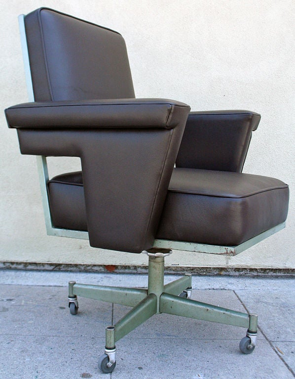 Swivel Industrial fice Chair at 1stdibs