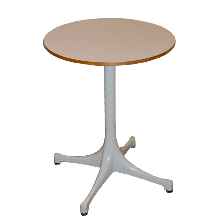 George nelson swag leg side table for Nelson swag leg table