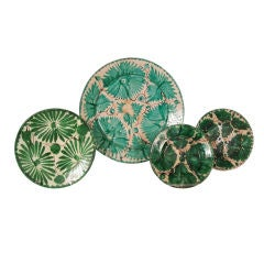 COLLECTION OF VINTAGE GREEN MEXICAN POTTERY PLATES
