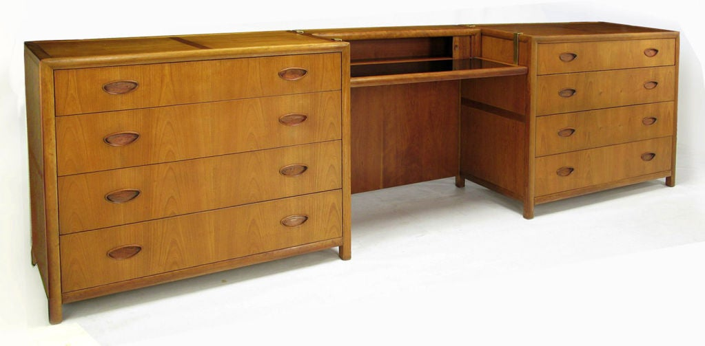 Pair  Michael Taylor New World Walnut Commodes By Baker For Sale 5