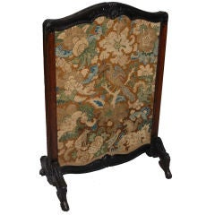 Régence Carved Walnut Fire Screen, circa 1740