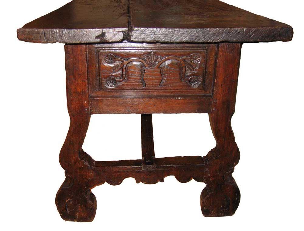 Spanish baroque center table walnut 17th century at 1stdibs for Spanish baroque furniture