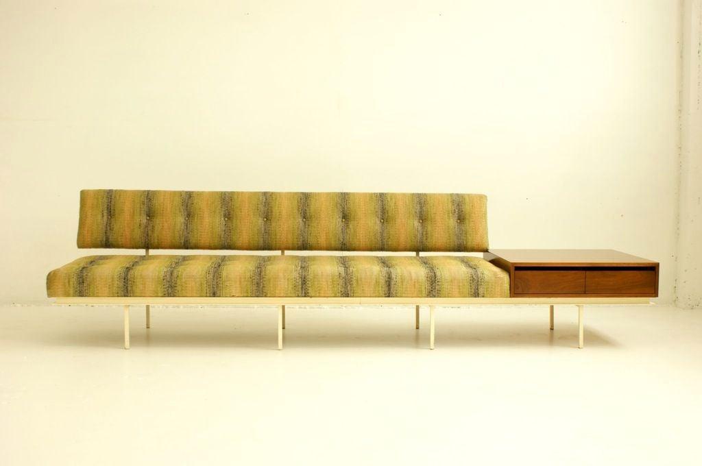florence knoll sofa for sale at 1stdibs. Black Bedroom Furniture Sets. Home Design Ideas