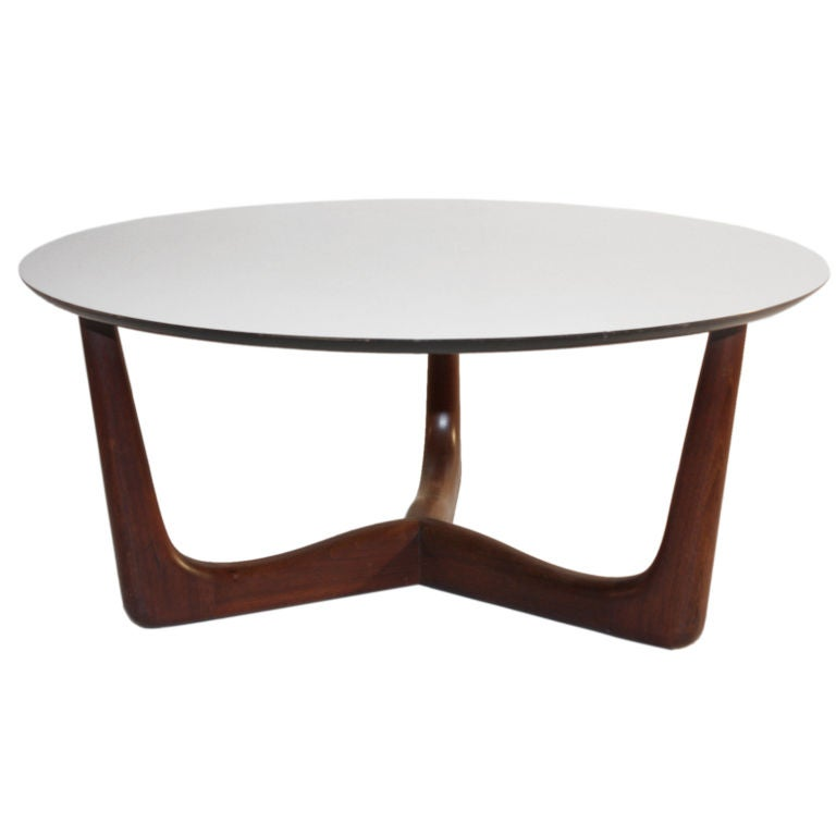 1960 39 s danish modern style round coffee table at 1stdibs Vogue coffee table