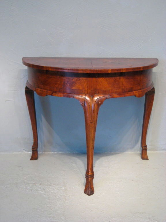 Dutch Demi Lune Table Image 3