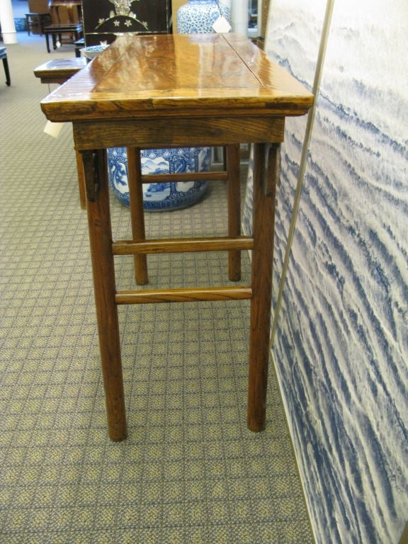 Small Chinese 19th Century Side Table In Good Condition For Sale In New York, NY