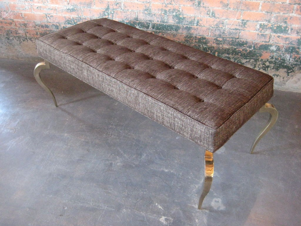 Bench with solid brass curved legs For Sale 4