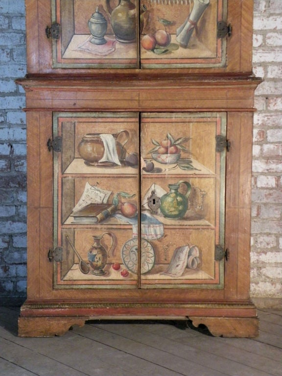 Italian 19th Century Neoclassical Trompe L'oeil Painted Cabinet For Sale 1