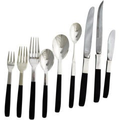 Lunt Contrast Sterling Silver Nylon Flatware 132 Piece Set