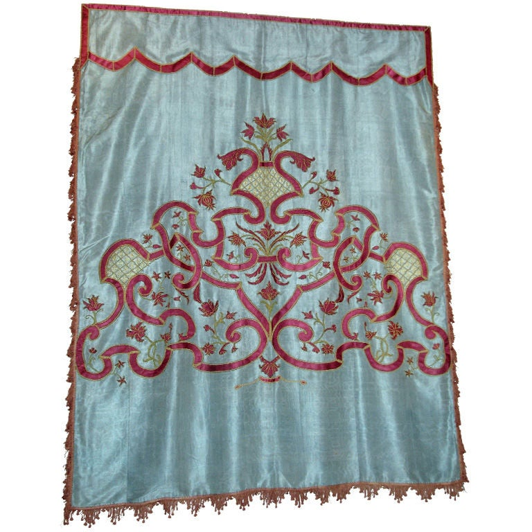 18th century Italian Silk Hanging