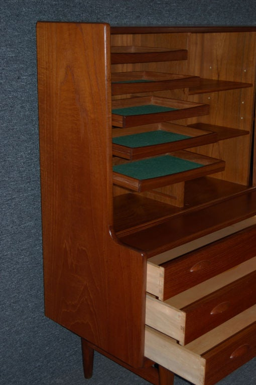Vintage Original Ikea Swedish Modern Teak Cabinet, circa 1955 In Excellent Condition For Sale In Atlanta, GA