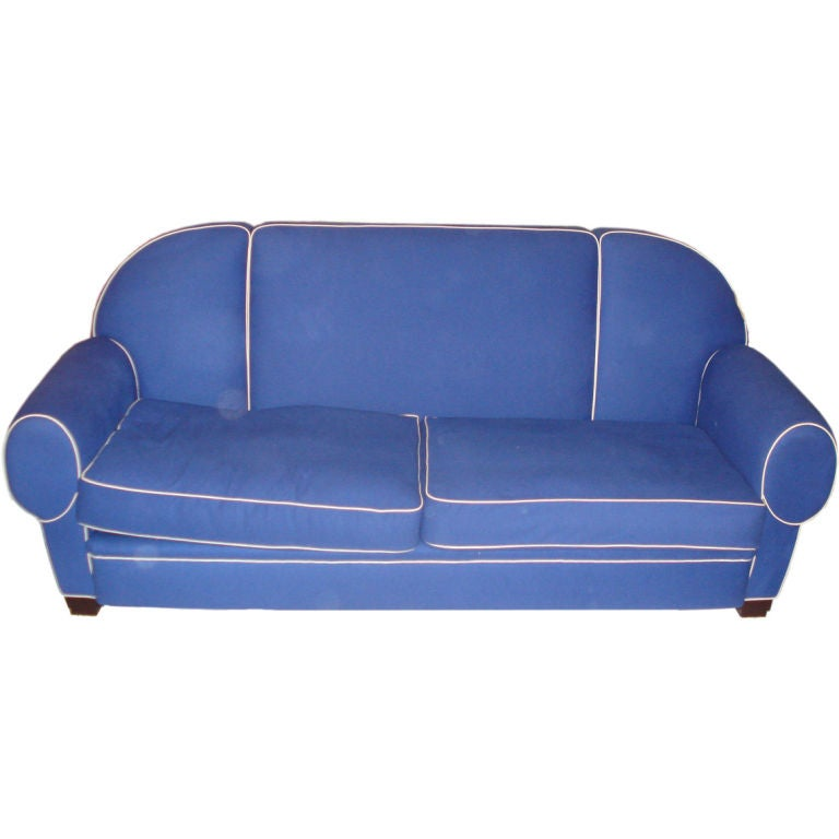 Blue and white upholstered sofa at 1stdibs for Blue and white sofa