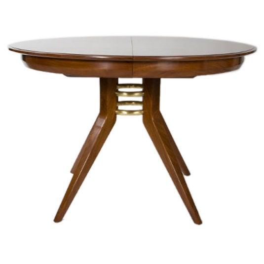 Italian mid century modern round dining table at 1stdibs for Mid century round dining table