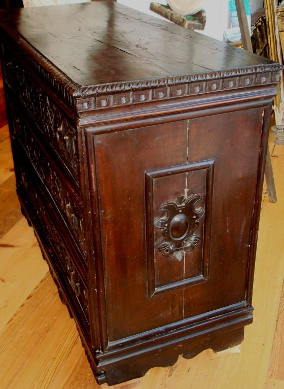 Period lombard italian baroque walnut commode at 1stdibs - Commode baroque grise ...