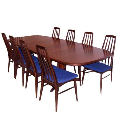 Danish Rosewood Dining Table With Eight Chairs