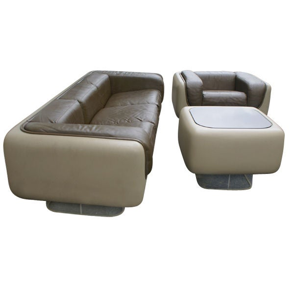 5 cascade seating group case The cascade king bedroom group by broyhill furniture at knight furniture & mattress in the sherman, gainesville, texoma texas area product availability may vary contact us for the most current availability on this product.