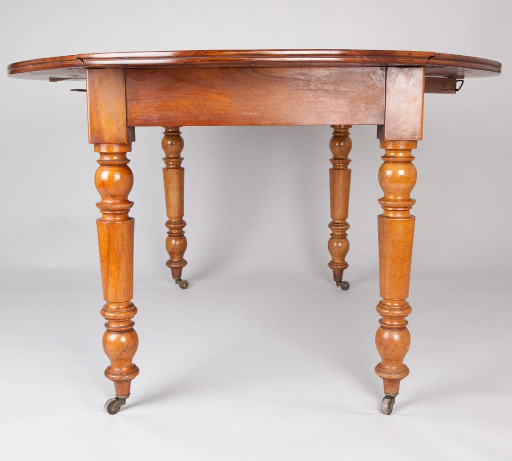 Louis philippe drop leaf table at 1stdibs for Table ronde louis philippe