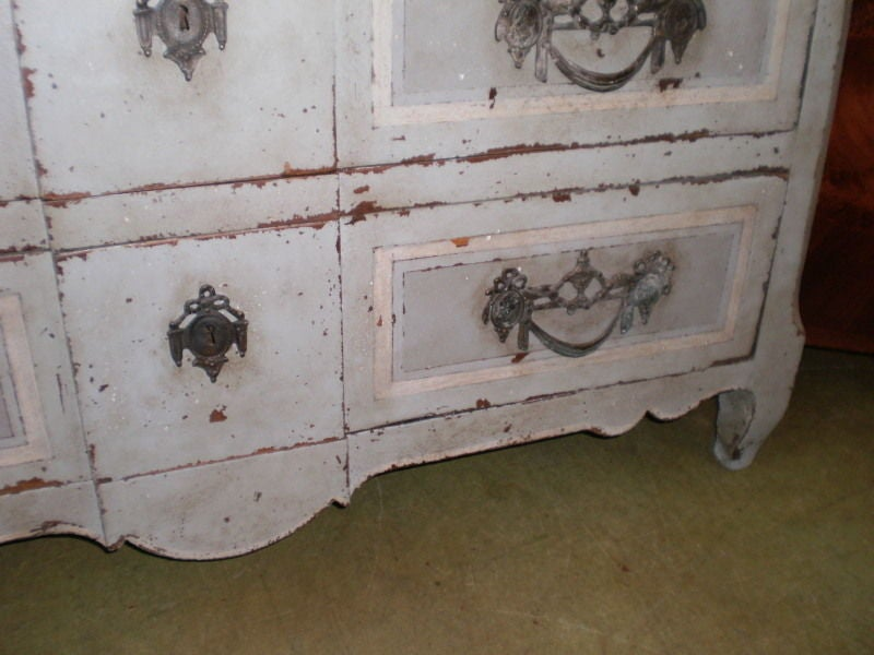 Large 18th Century French Louis XV Blue Painted Commode For Sale 4
