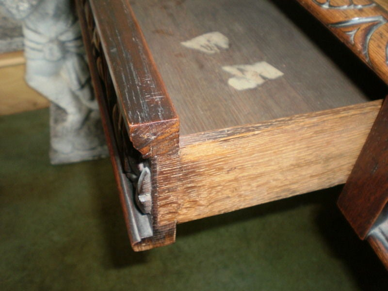 19th Century Italian Two-Drawer Desk Or Writing Table For Sale 3