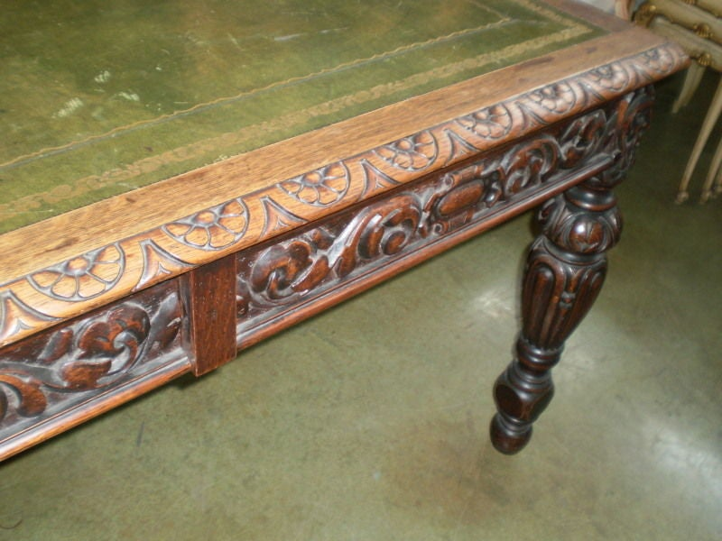 19th Century Italian Two-Drawer Desk Or Writing Table For Sale 4