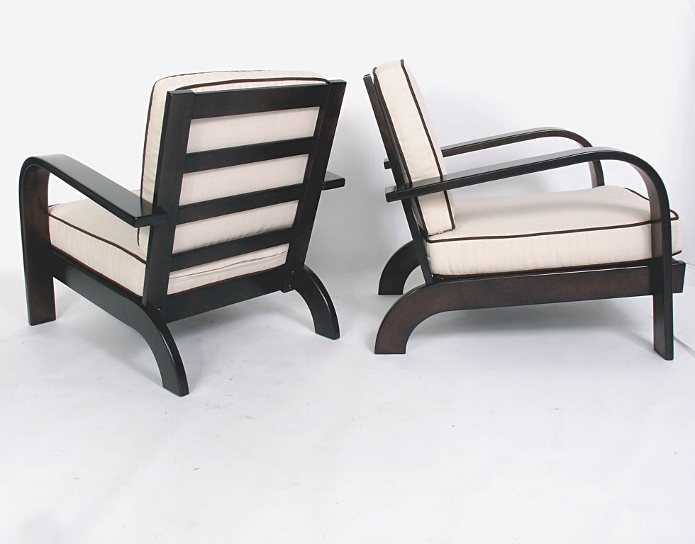 Mid-20th Century Pair of Streamlined Lounge Chairs by Russel Wright - circa 1940s