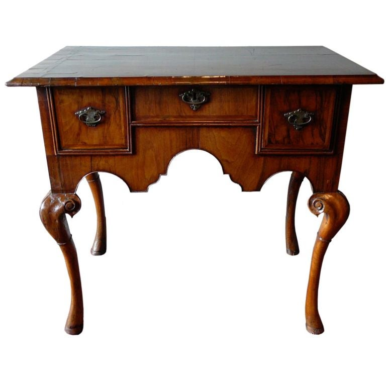 Early 18th Century Queen Anne Period Lowboy At 1stdibs