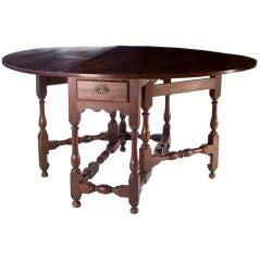 Walnut William & Mary Gateleg Table