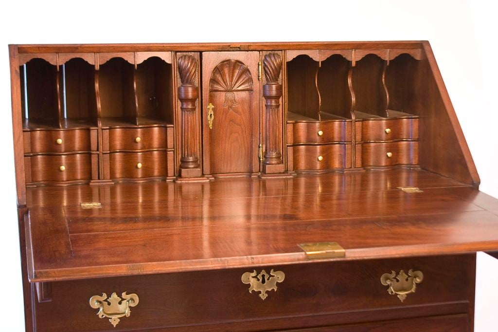 Walnut Chippendale Slant-Front Desk In Good Condition For Sale In West Chester, PA