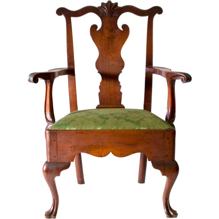 Walnut Queen Anne Armchair At 1stdibs